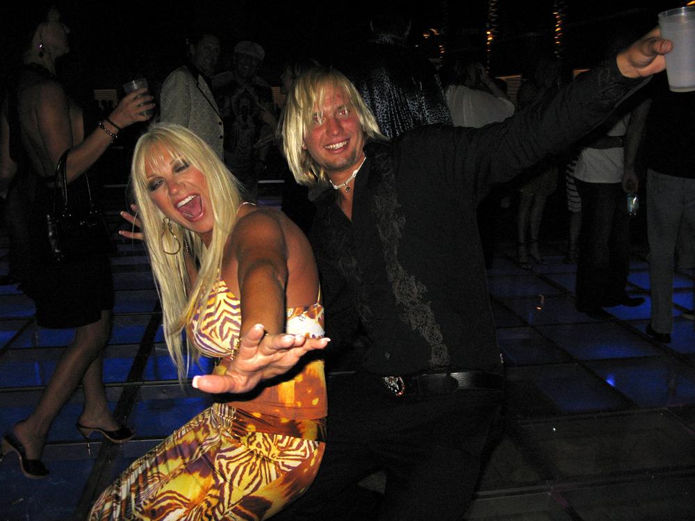 who is linda bollea dating