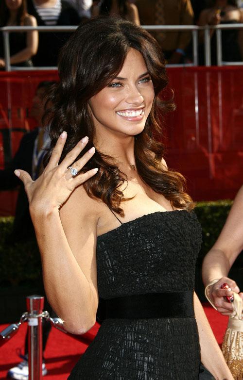 adriana lima husband. Secret model Adriana Lima