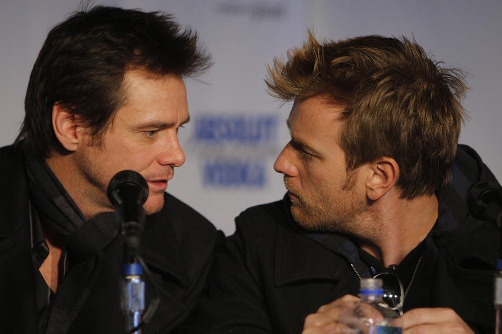 Graphic gay sex scene a big problem for Ewan McGregor/Jim Carrey film