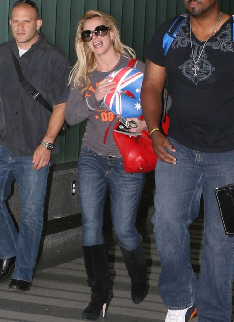 fp_4114086_spears_britney_l