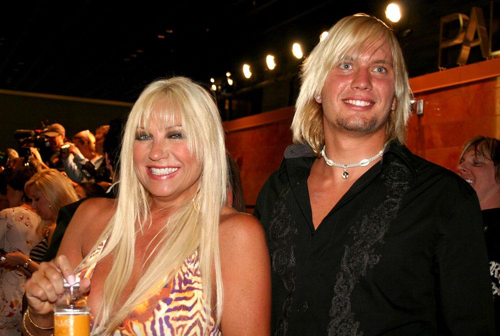linda hogan and charlie hill. 2011 linda hogan boyfriend