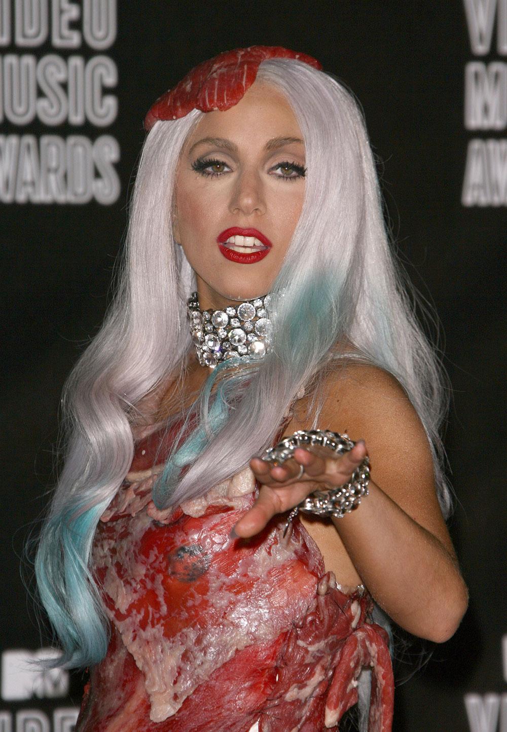 Cele|bitchy | Anna Wintour thinks Lady Gaga is a 'childish ...
