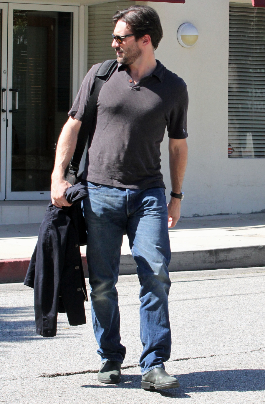 Jon Hamm Is Scruffy  Hot  And Ng A Glorious Bulge