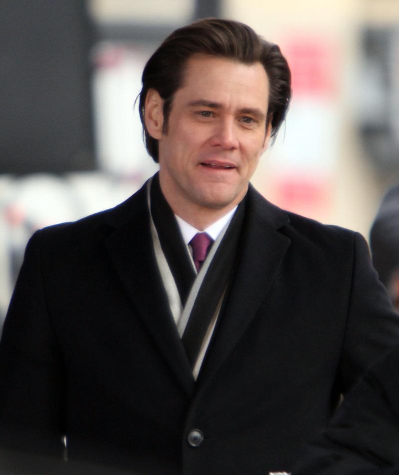 Jim Carrey has a new girlfriend  24-year-old model Anchal JosephJim Carrey Younger Girlfriend