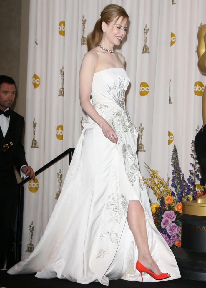 Nicole Kidman thanks all of her children at Critics