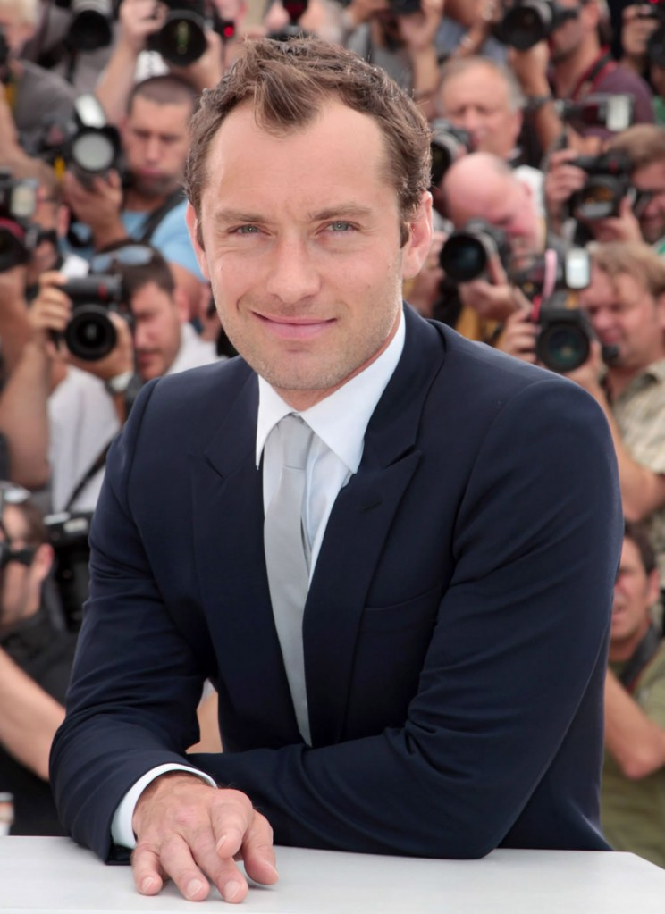 fp_7292943_ang_cannes_jury_photocall_26_44