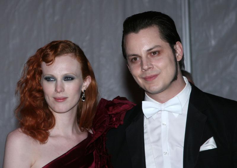 Cele|bitchy | Jack White & Karen Elson announce their ...