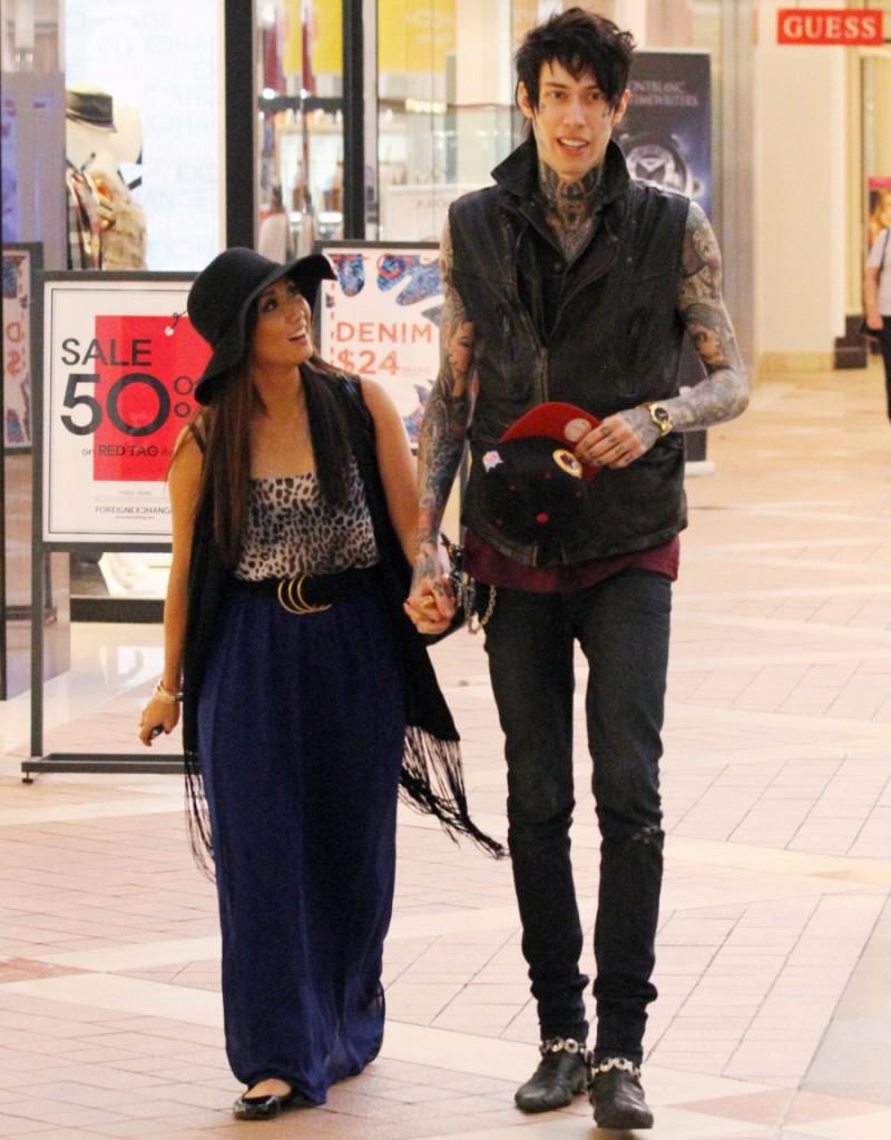 Jay ryan girlfriend pregnant