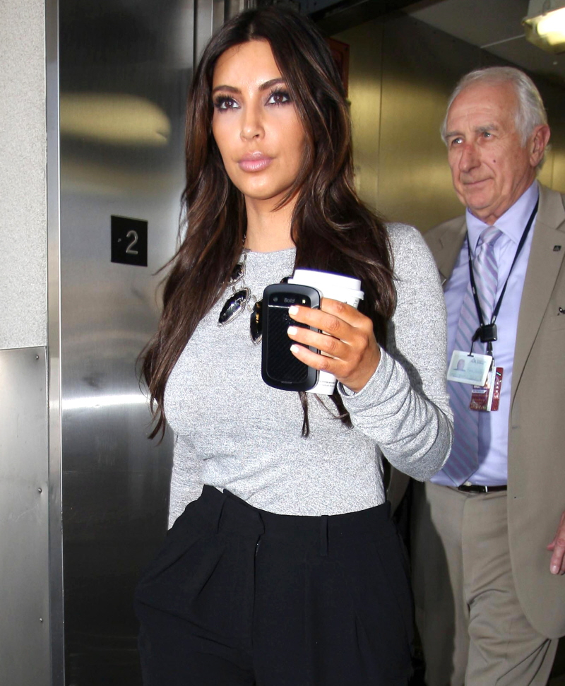 FP_8710472_Kardashian_Kim_BJJFF_08_10