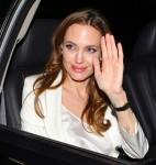 FFN_Jolie_Angelina_CWNY_030812_8853165