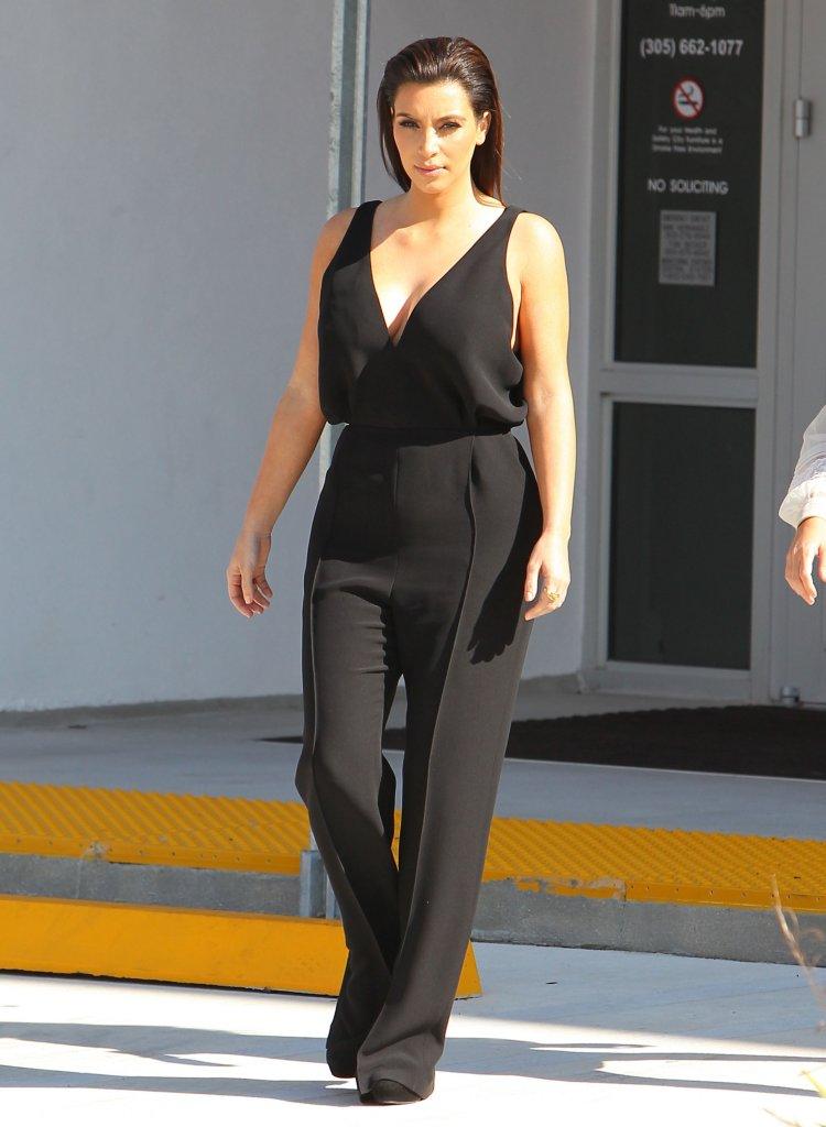 Cele|bitchy | Kim Kardashian's black jumpsuit & simple styling ...