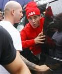 FFN_Bieber_Justin_FLYNETUK_030813_51032812