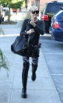 FFN_Cyrus_Miley_VM_FF9_102612_50927876