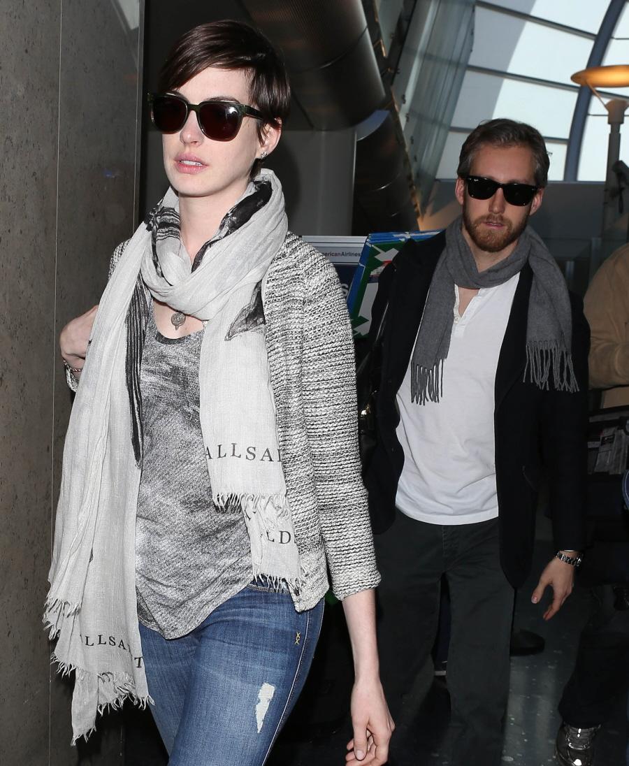 Is Anne Hathaway Replacing Carey Mulligan As