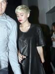 FFN_Cyrus_Miley_EXCL_DASHA_040613_51060576