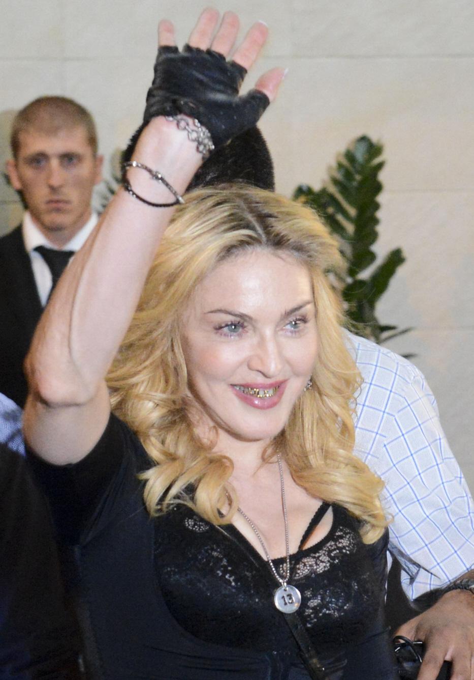 103164PCN_Madonna09.jpg