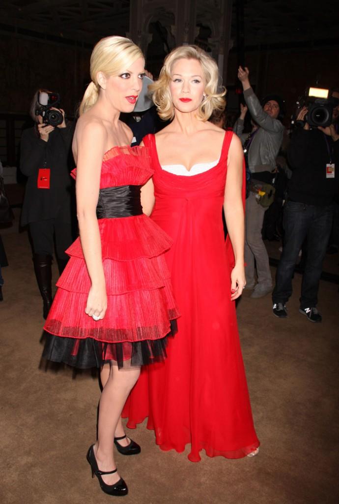 FFN_flynet_red_dress_021309_GG_50427951
