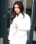 FFN_Kardashian_Kim_GG_021814_51333088