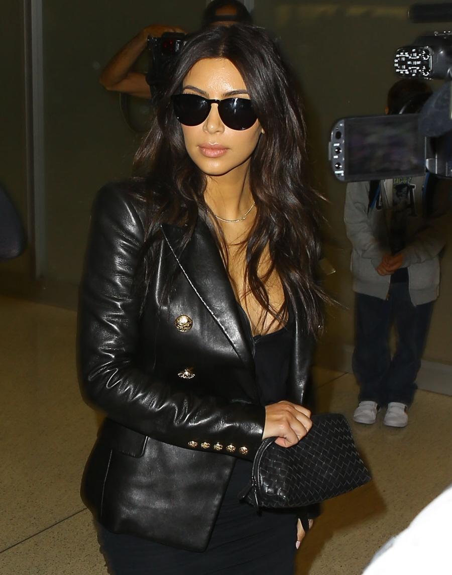 FFN_Kardashian_Girls_MIVM_031114_51352679