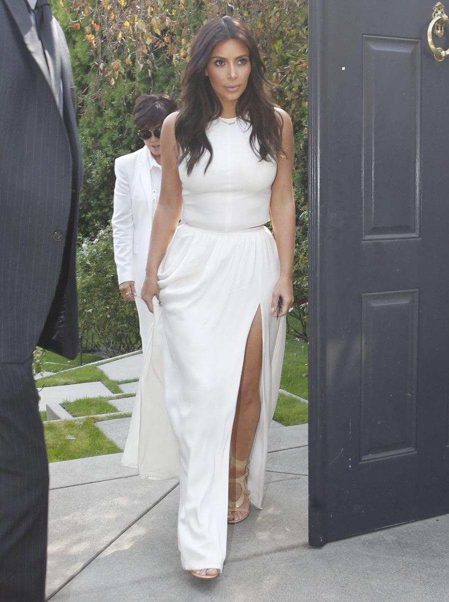 FFN_Kardashian_Kim_FF6FF7_032214_51362765