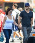 Pregnant Jennifer Love Hewitt & Brian Hallisay Take A Stroll In The Big Apple