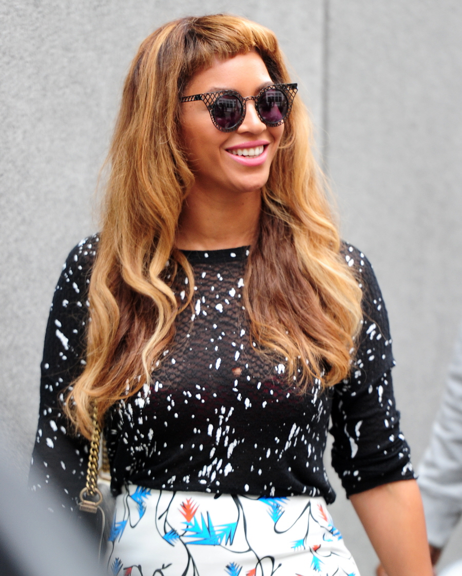 Beyonce's international baby-bangs crisis is over after ten days: yay or nay?