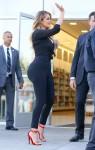 FFN_FF2FF9FF10_Kardashian_Khloe_040215_51700443