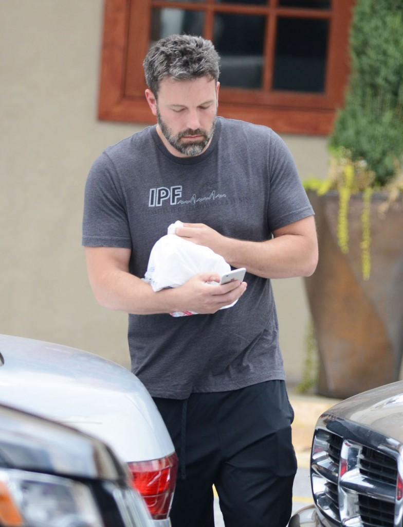 Exclusive... Ben Affleck Wears His Weddding Ring While Out In Atlanta