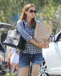 Jennifer Garner Shops At Gelson's