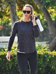 Jennifer Garner Hits Up The Gym With A Friend