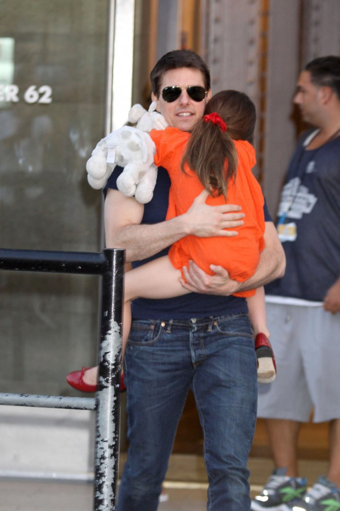 Tom Cruise and daughter Suri