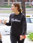Jennifer Garner Grabs Coffe After A Workout
