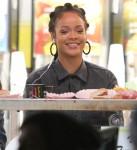 FFN_GUE_Bullock_Rihanna_120716_52251878