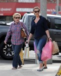 Katherine Heigl Out Shopping With Her Family