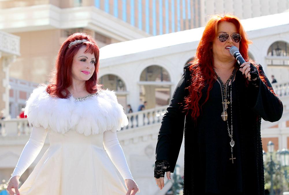 Wynonna and Naomi Judd arrive at The Venetian
