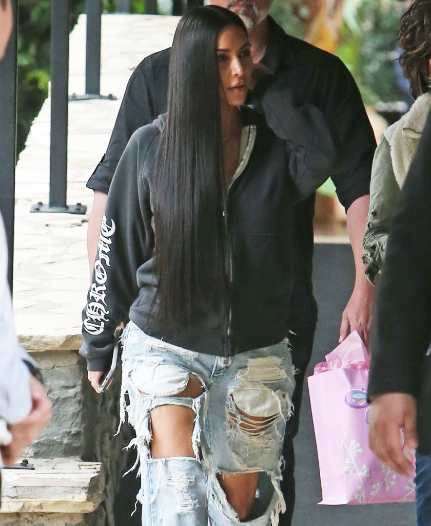 FFN_Kardashian_Kim_ROC_FF9_010417_52272562