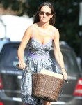 Pippa Middledton leaves her home
