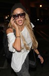 Amanda Bynes arrives at Los Angeles International Airport (LAX)
