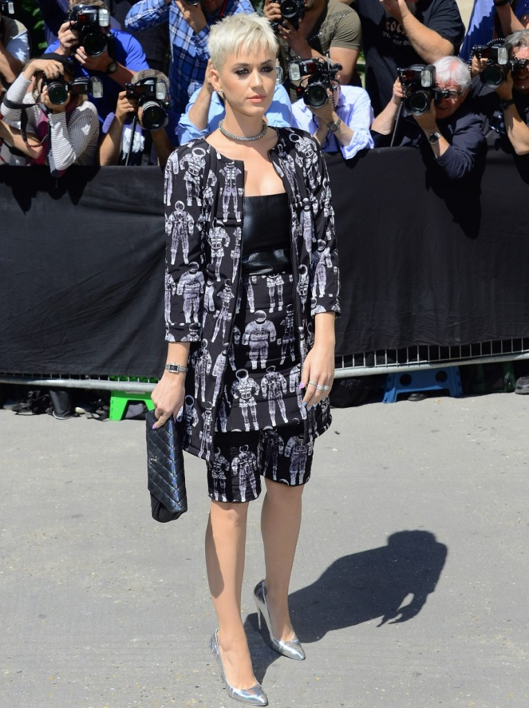 Paris Fashion Week Haute Couture Fall/Winter 2017-2018 - Chanel - Outside Arrivals