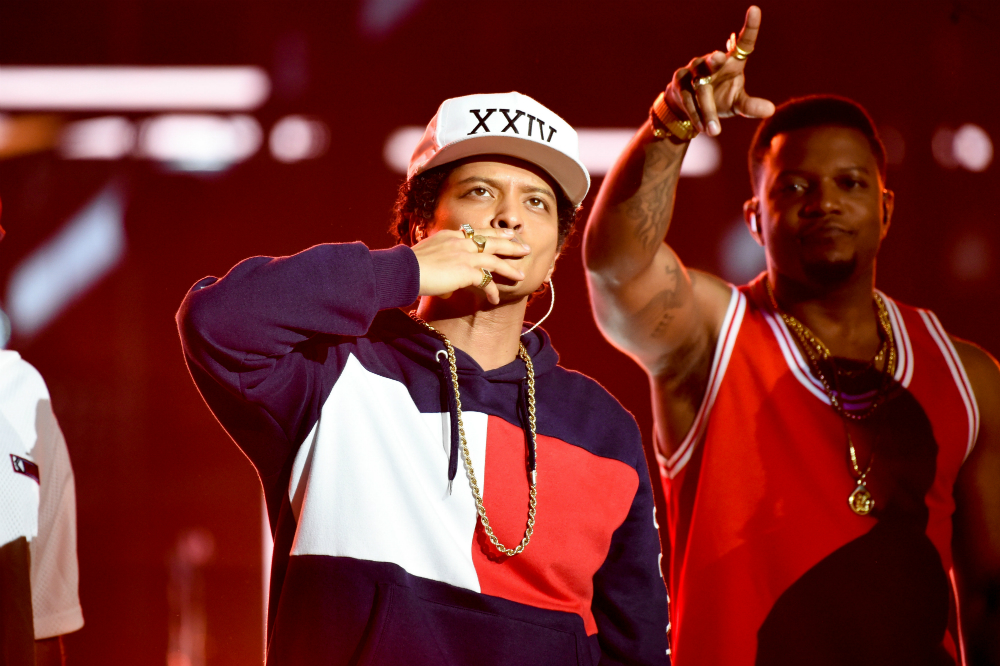 Bruno Mars donated $1M to Flint: 'it's important that we don't forget'