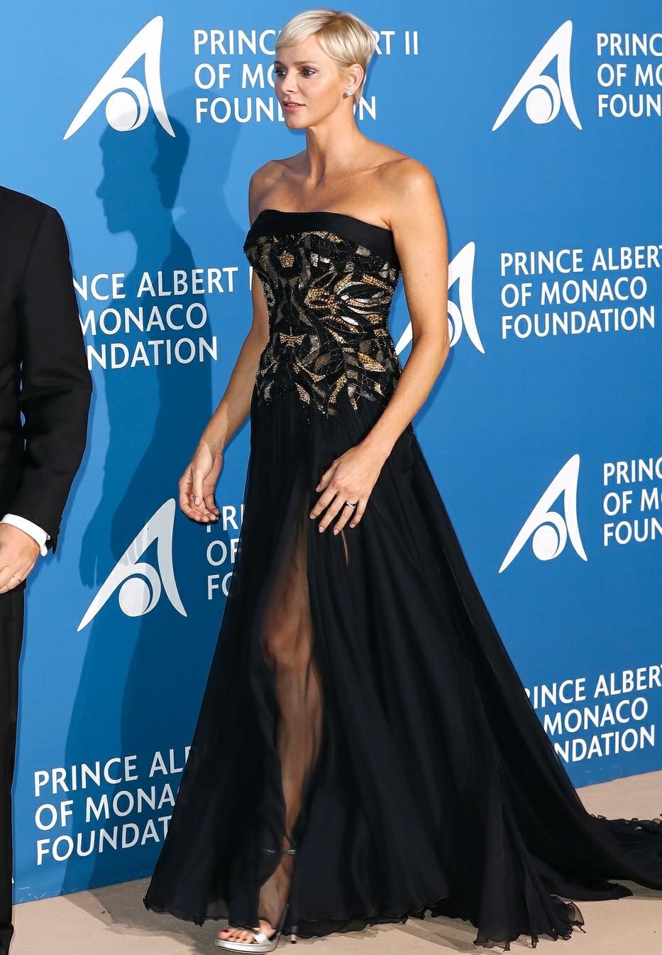 TT.SS.HH. Prince Albert II of Monaco and Princess Charlene of Monaco attend the Inaugural 'Monte-Carlo Gala For The Global Ocean' Honoring Leonardo DiCaprio at The Monaco Garnier Opera on September 28, 2017 in Monaco, Monaco.USA, OZ, NZ, SOUTH AFRICA, JAPA