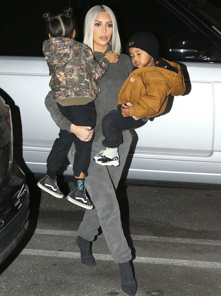 Kim and Kourtney Kardashian take the kids ice skating!