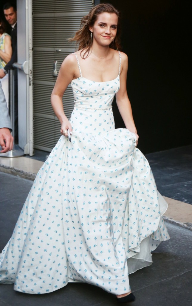 Emma Watson arrives at 'The Circle' Premiere