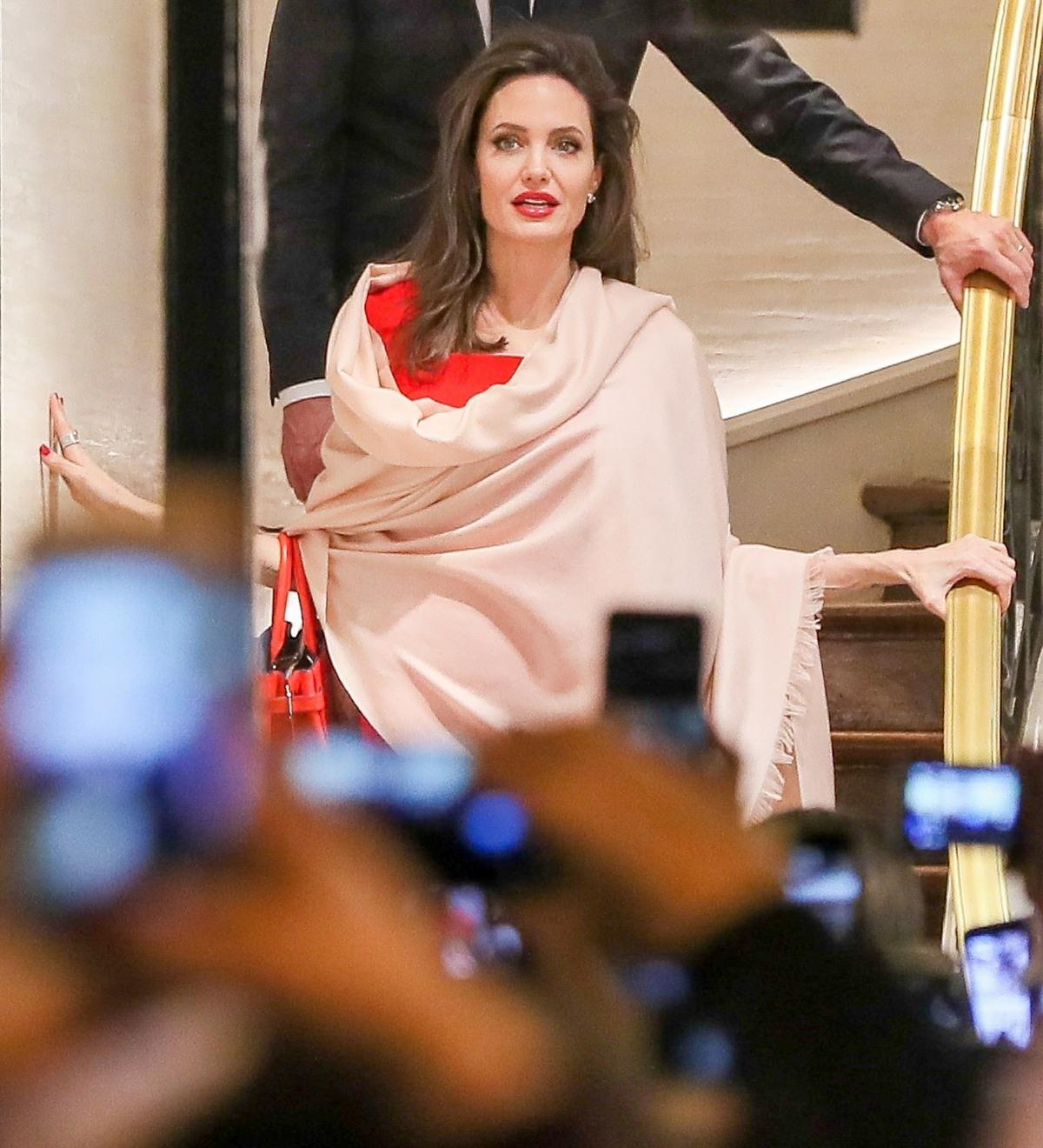 Angelina Jolie leaving Guerlain HQ looking flawless!