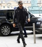 Justin Theroux arrives at his hotel in Paris