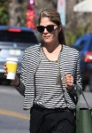 Selma Blair picks up a coffee from Joan's on Third cafe