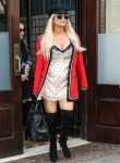 """Jessica Simpson exists her hotel with style while in the """"Big Apple"""""""