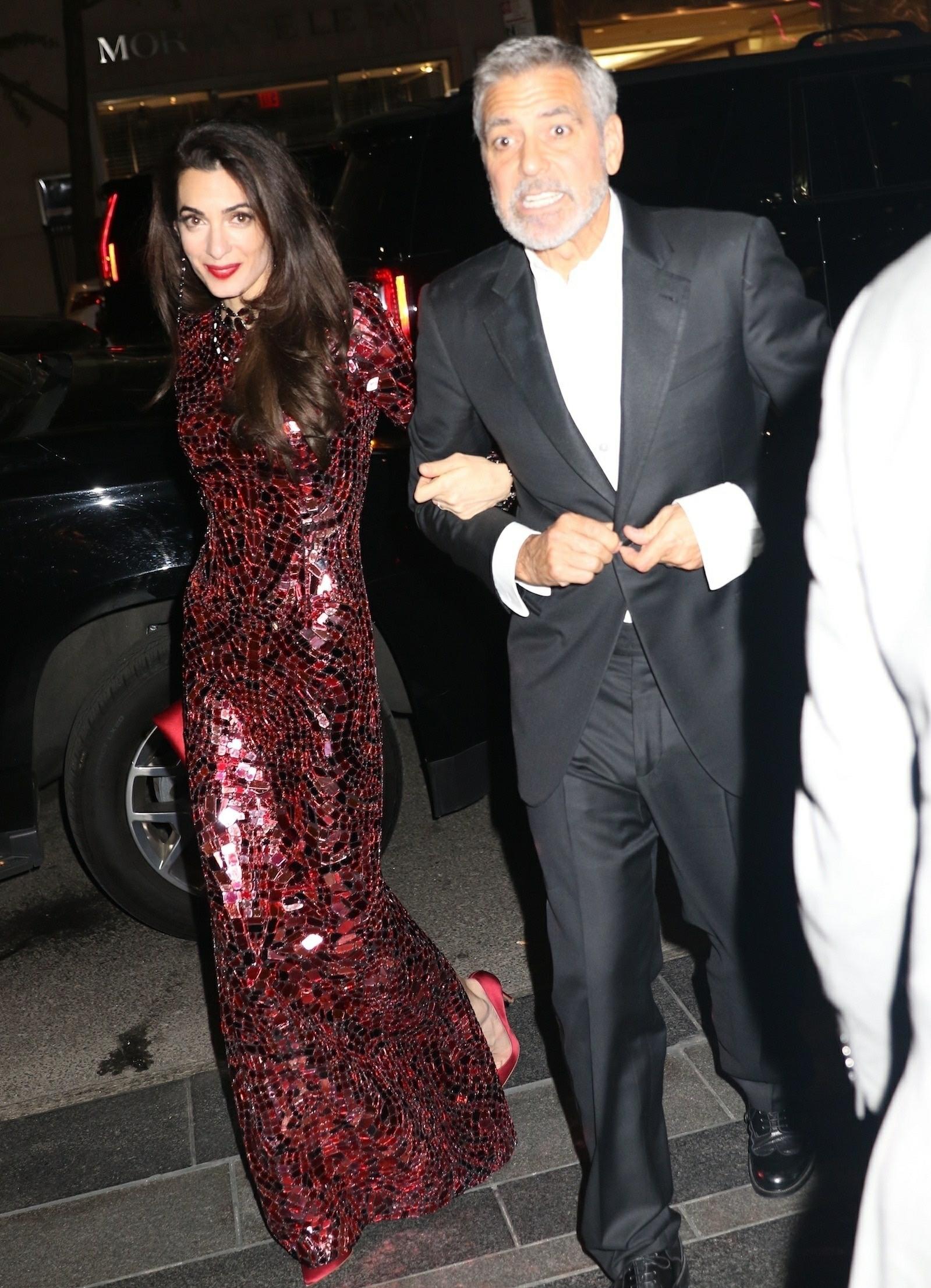 Cele Bitchy Amal Clooney S Last Minute Met Gala Dress