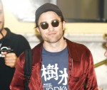 Robert Pattinson returns to his hotel