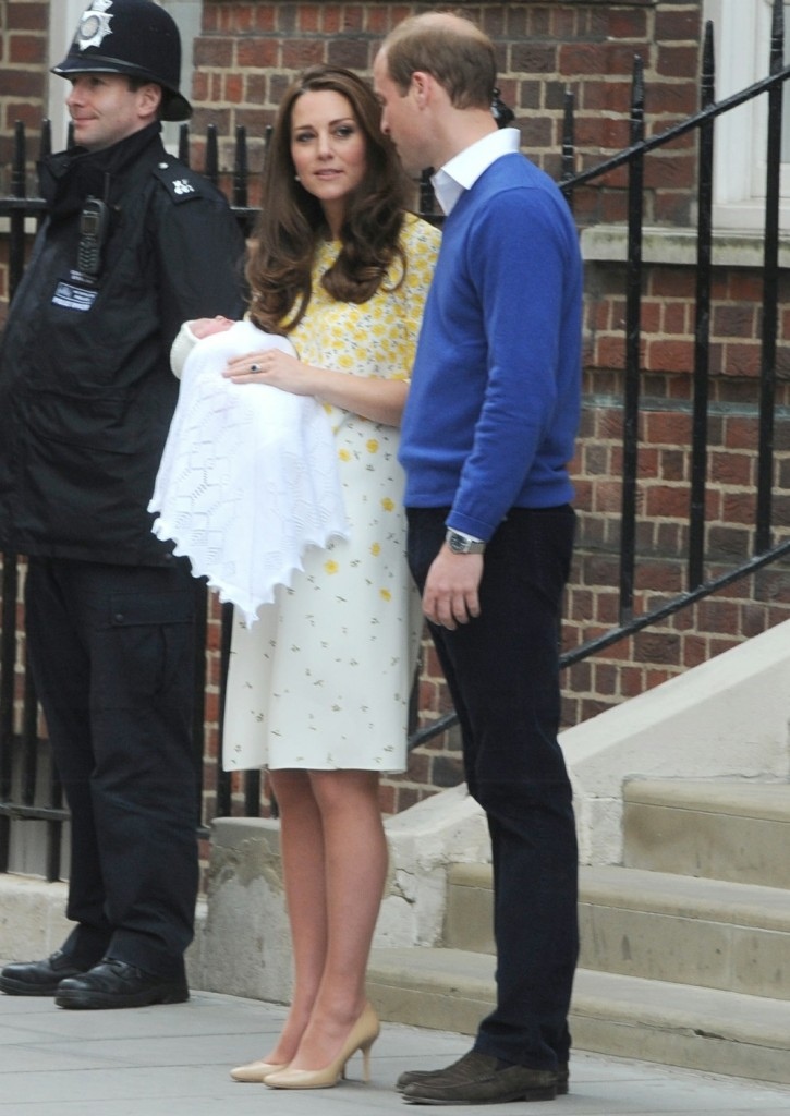 Catherine, Duchess of Cambridge and Prince William, Duke of Cambridge, leave St Mary's hospital